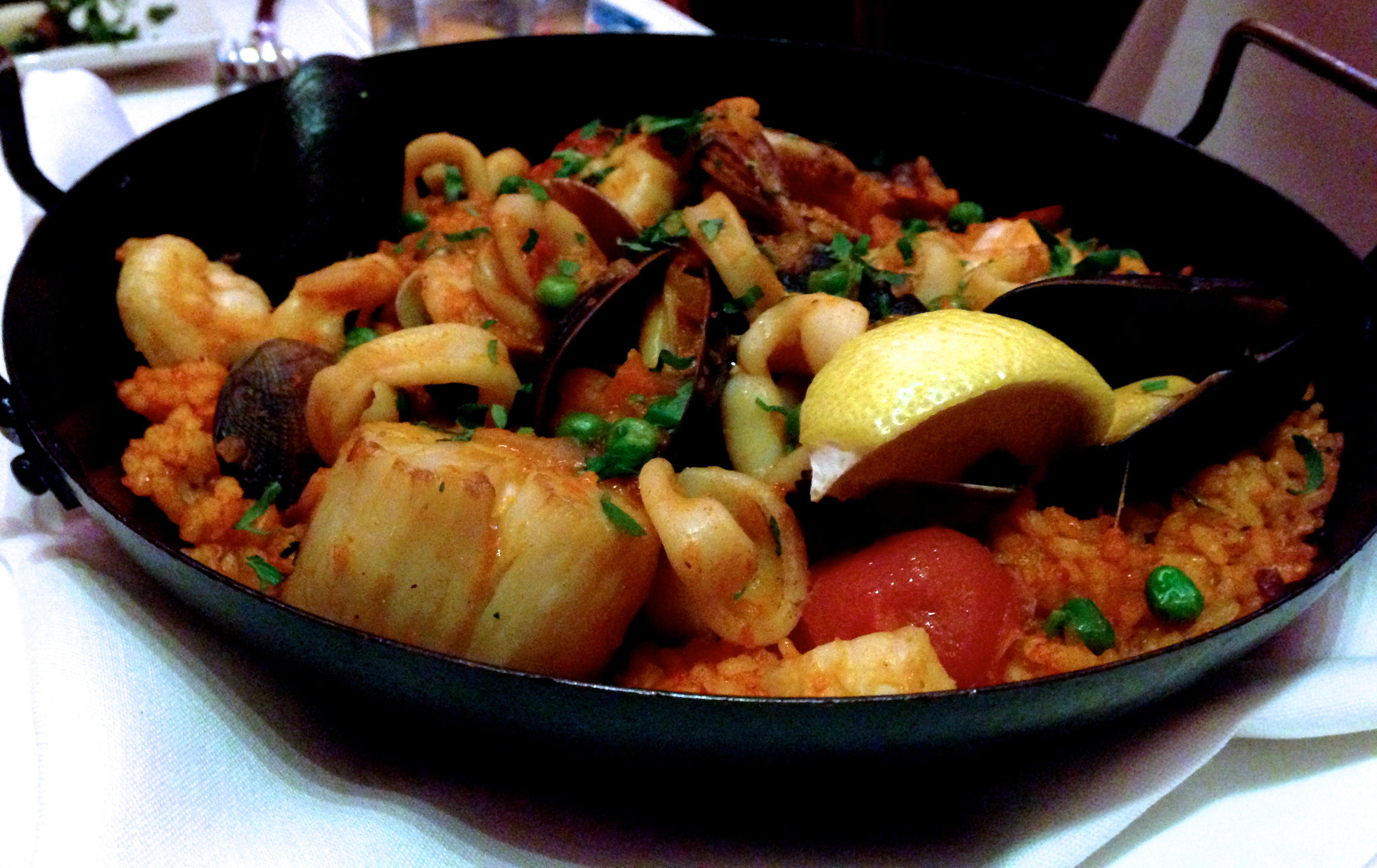 shrimp paella art shrimp and scallop paella shrimp and scallop paella ...